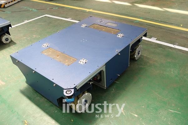 물류자동화의 핵심인 물류 통합제어기술을 확보한 로탈은 제조 현장에서 AGV의 경로를 자동으로 생성하고 관리하는 시스템을 확보해 고객에게 제공하고 있다. [사진=인더스트리뉴스]