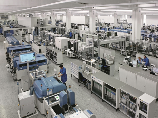 지멘스 EWA 암베르그 생산공장의 모습. 지멘스EWA는 맞춤형 보안 솔루션를 활용하여 네트워크 인프라의 사이버 공격 위험을 최소화하고 있다. [사진=지멘스]